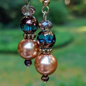 Jewelry - Handmade earrings with gold Pearl and blue glass
